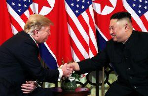 Những hình ảnh ấn tượng trong cuộc gặp của lãnh đạo Mỹ – Triều tại Hà Nội