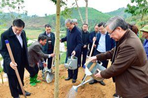 Đồng chí Trần Quốc Vượng, Ủy viên Bộ Chính trị, Thường trực Ban Bí thư thăm và làm việc tại Tuyên Quang